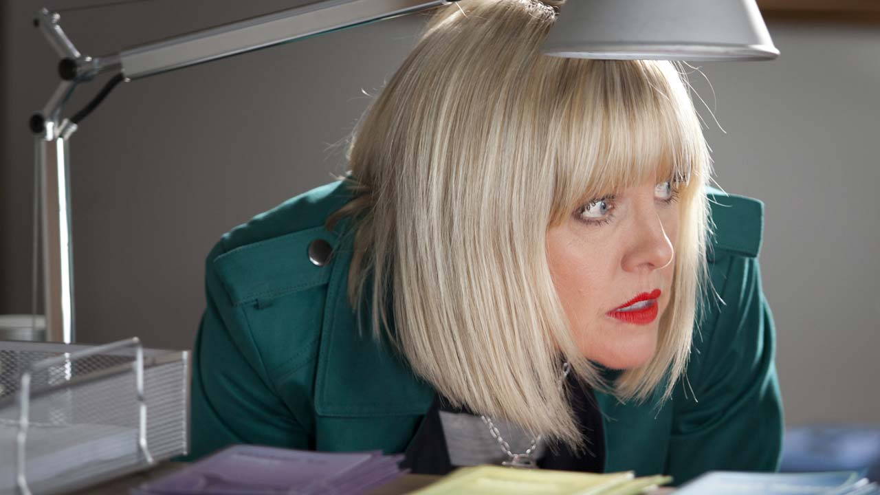 Agatha Raisin (2016)